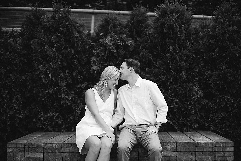 Chicago-Engagement-Photographer-09