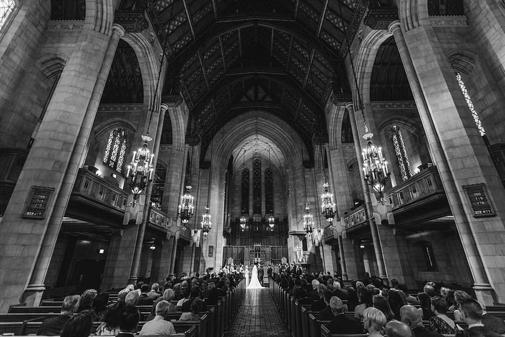 1_Fourth-Presbyterian-Church-Wedding-Chicago-033