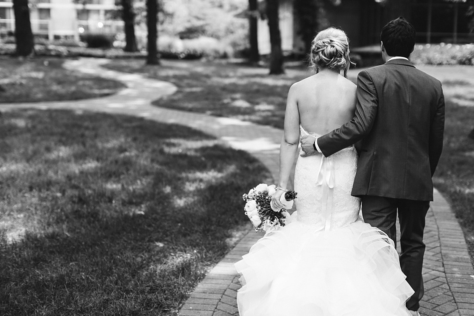 Hyatt_Lodge_Wedding_Oak_Brook_098
