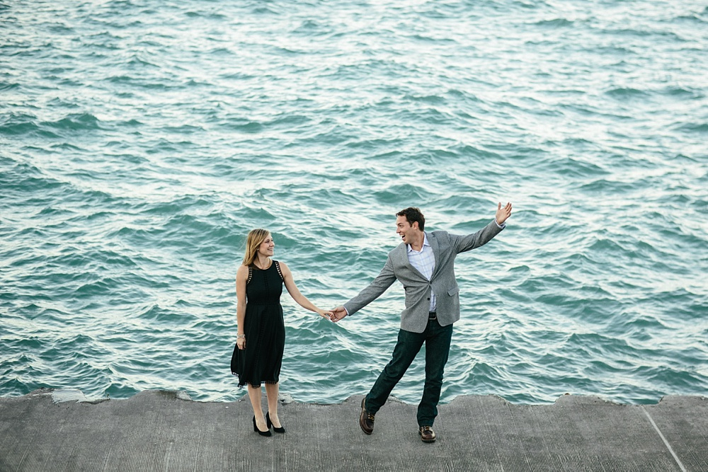 2_Chicago_Engagement_Belmont_Harbor_012