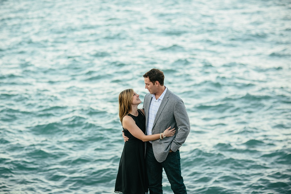 2_Chicago_Engagement_Belmont_Harbor_014