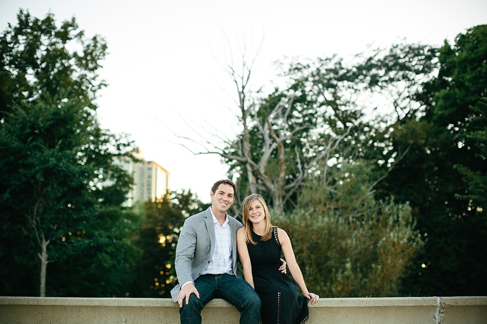 2_Chicago_Engagement_Belmont_Harbor_017