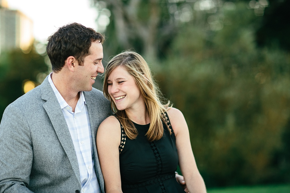 2_Chicago_Engagement_Belmont_Harbor_019