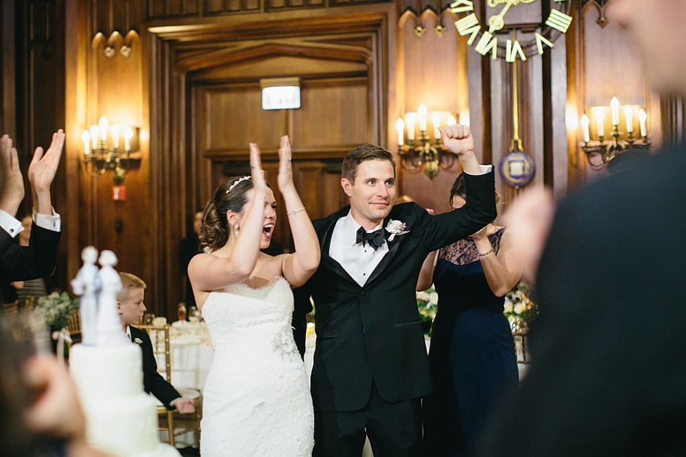 5_University_Club_of_Chicago_Wedding_096