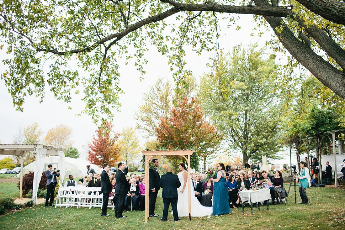 2_Heritage-Prairie-Farms-Weddings-046
