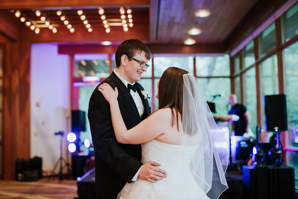 5-Hyatt-Lodge-Oak-Brook-Weddings-078