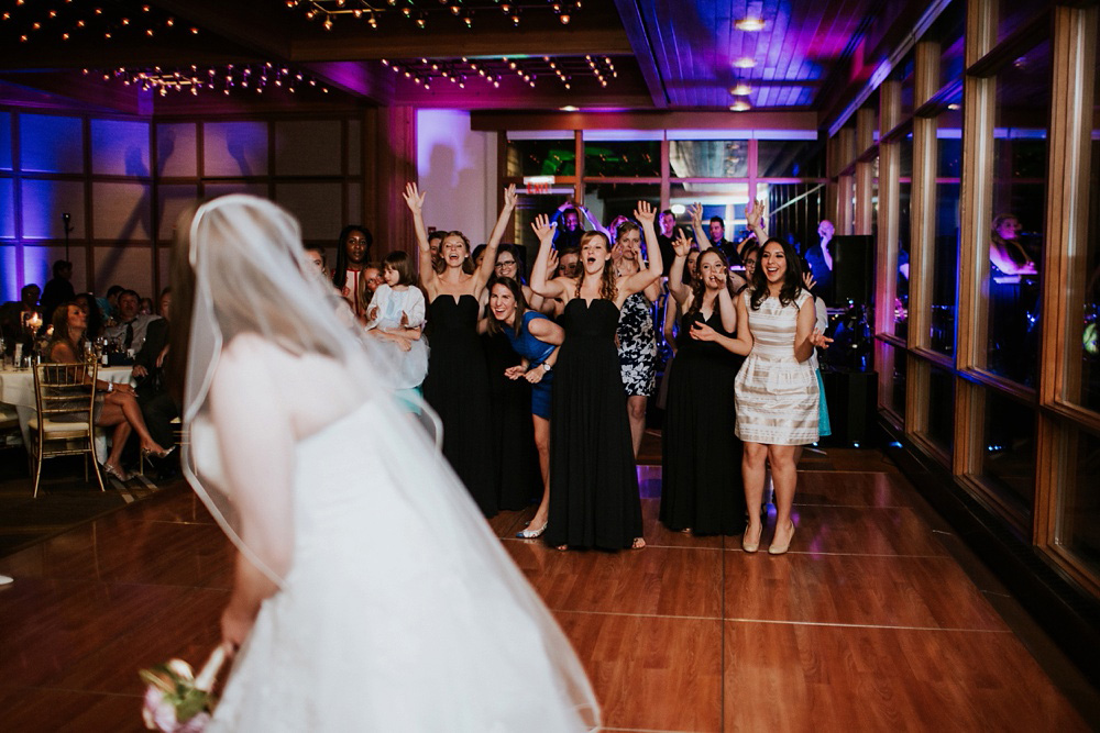 5-Hyatt-Lodge-Oak-Brook-Weddings-090