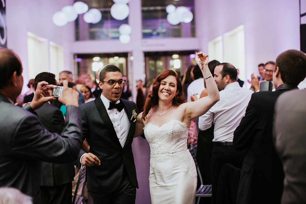 2_Weddings-at-Museum-of-Contemporary-Art-Chicago-058