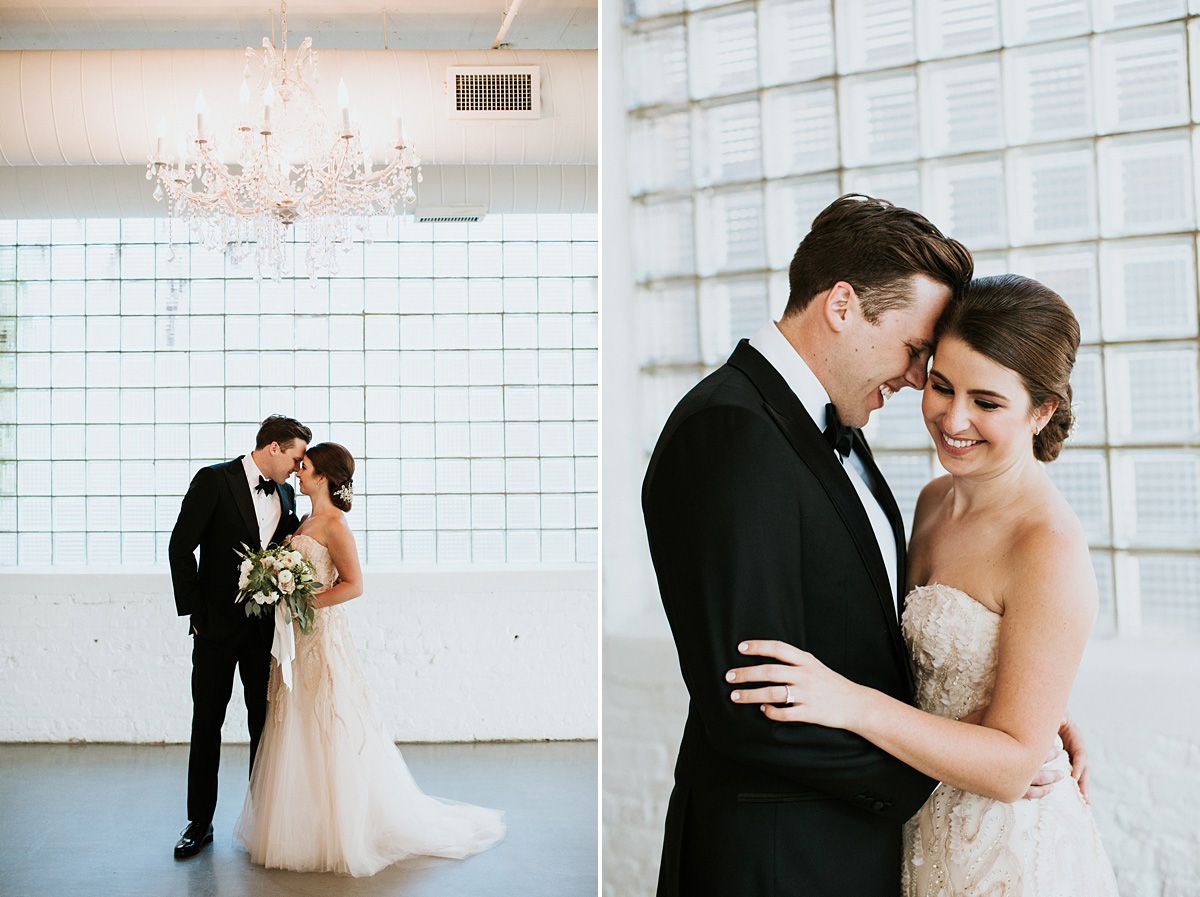 2_Weddings-at-Room-1520-Chicago-037
