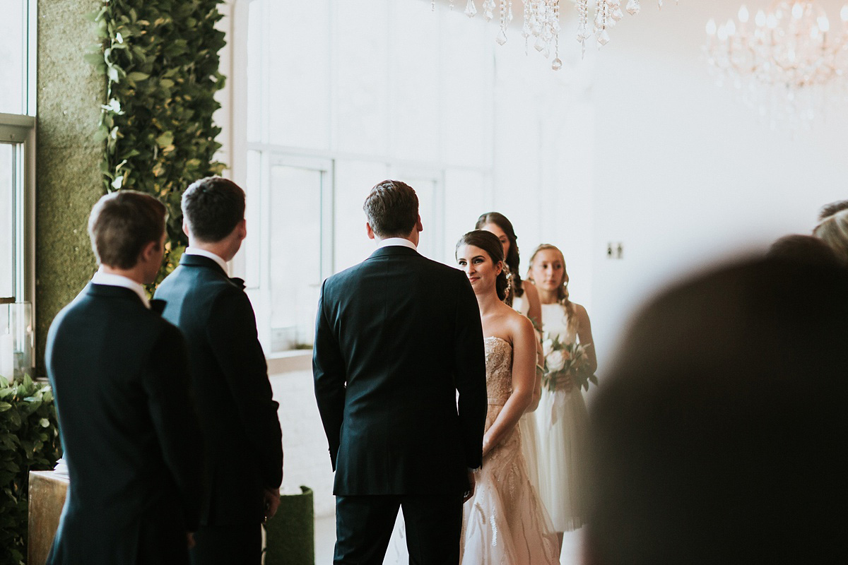 2_Weddings-at-Room-1520-Chicago-051