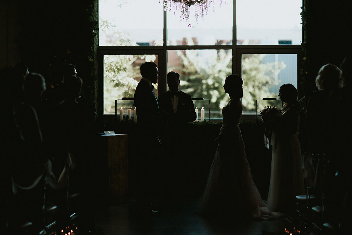2_Weddings-at-Room-1520-Chicago-052